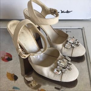 Canvas Round Toe Heels